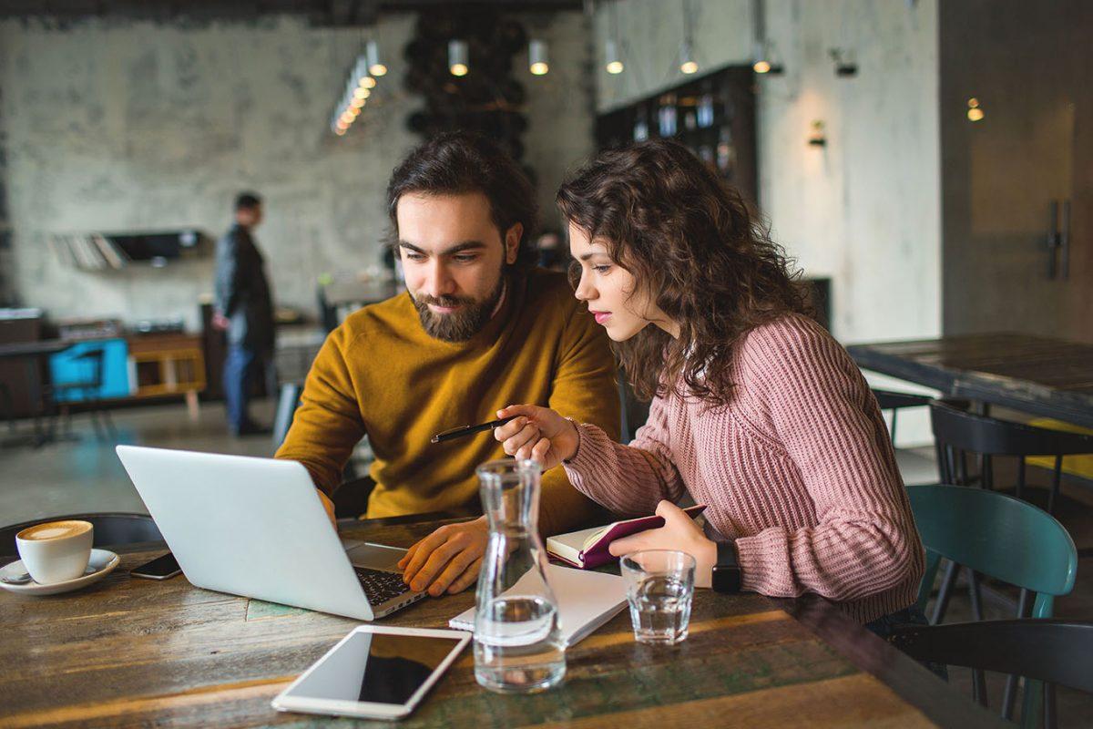 Dating-Standorte für ausgebildete Mieten Sie jemanden, der das Datieren Profil schreibt